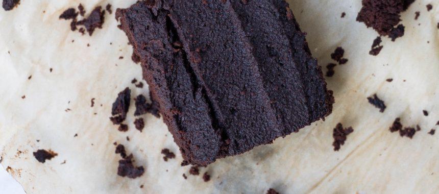 Proste ciasto czekoladowe na wieloosobowe przyjęcie