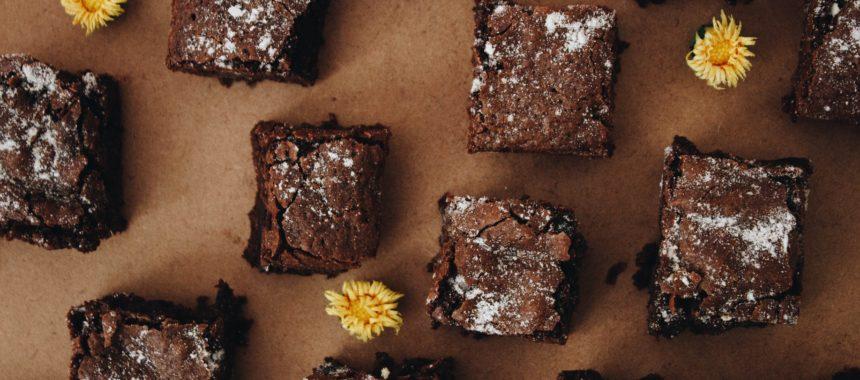 Jak przygotować czekoladowe ciasto napoleon? Sprawdzony przepis