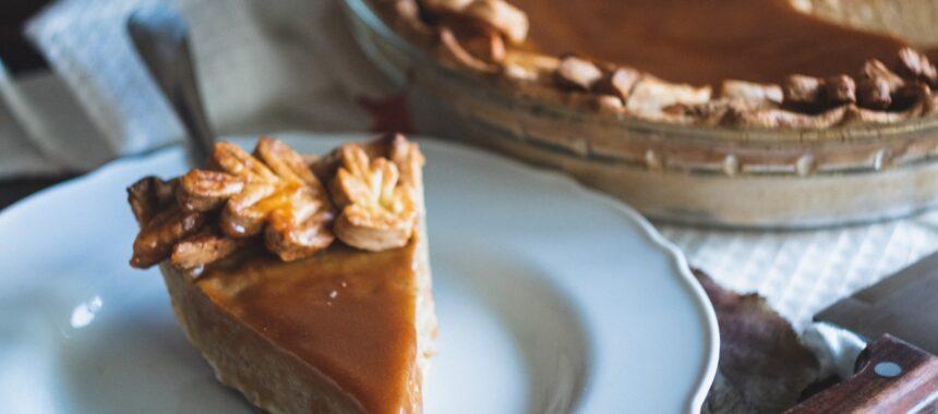 Smak kakao i jabłek w jednym niezwykłym wypieku – sprawdź przepis