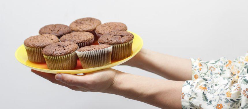 Babeczki czekoladowe z dodatkiem rabarbaru